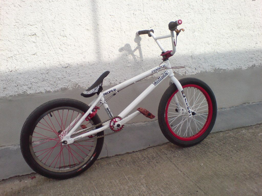 Eastern Bikes Element Custom