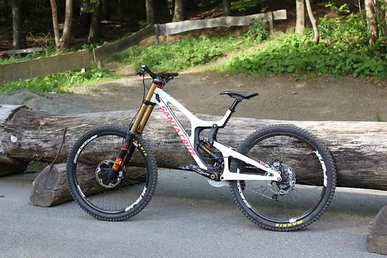 Santa Cruz V10.6 cc